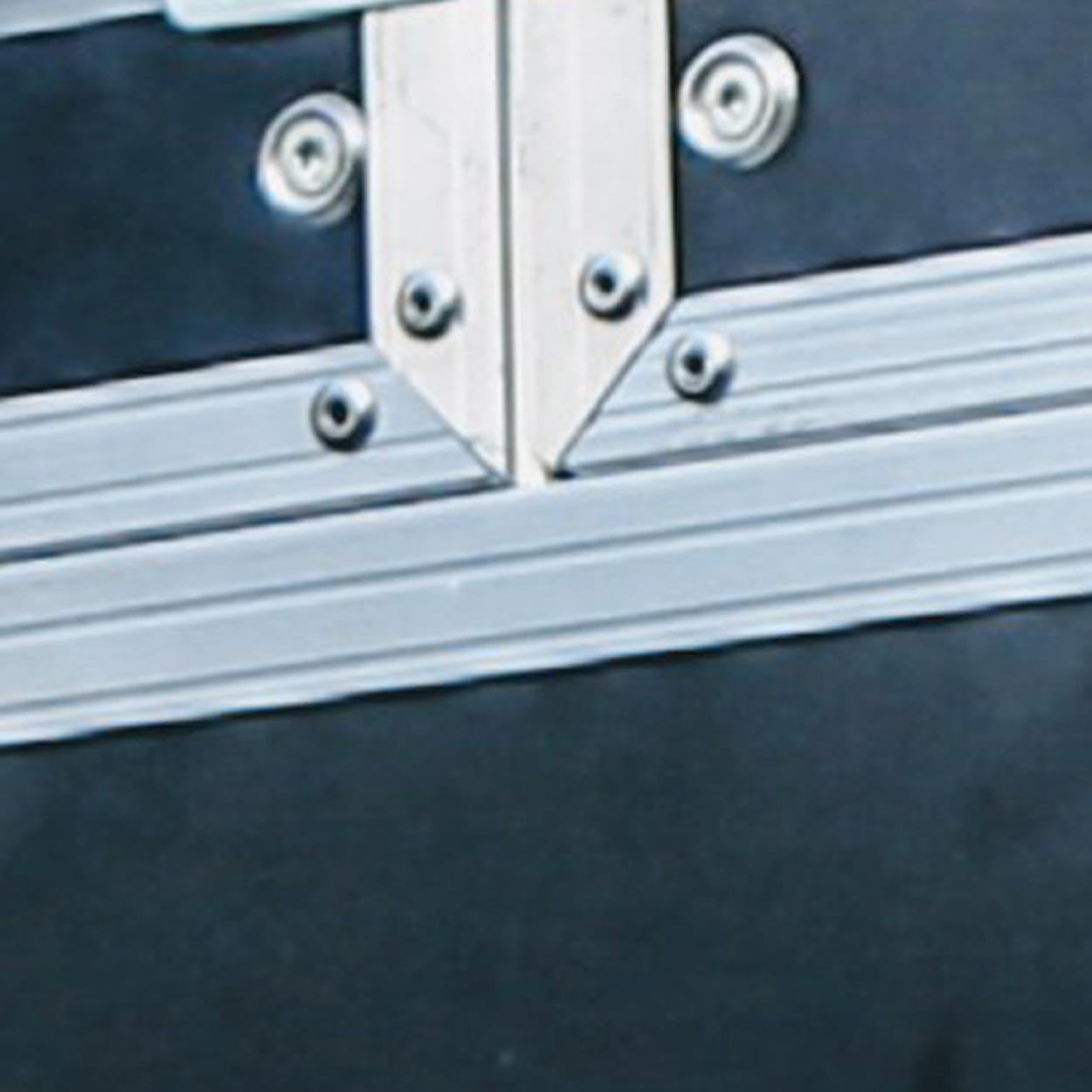 accessoires de flycase profilés aluminium